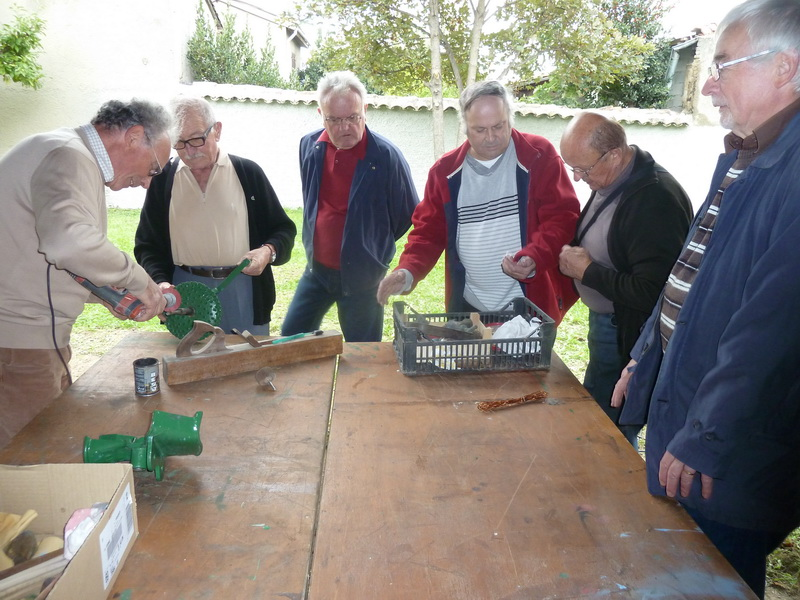 Restauration de mat riel agricole ancien for Recherche materiel restauration